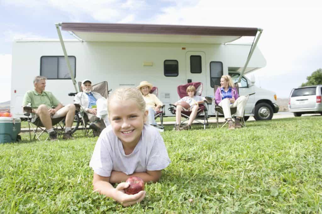 Welches gebrauchte Wohnmobil für Kinder kaufen - Alkoven